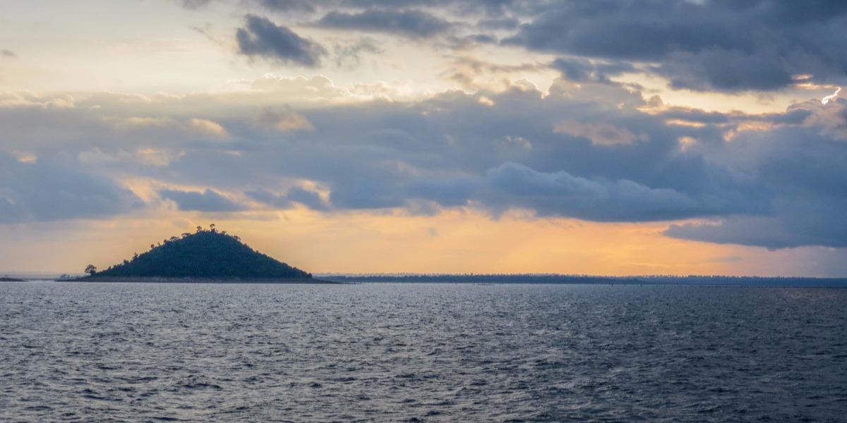 Cruise on Lake Volta