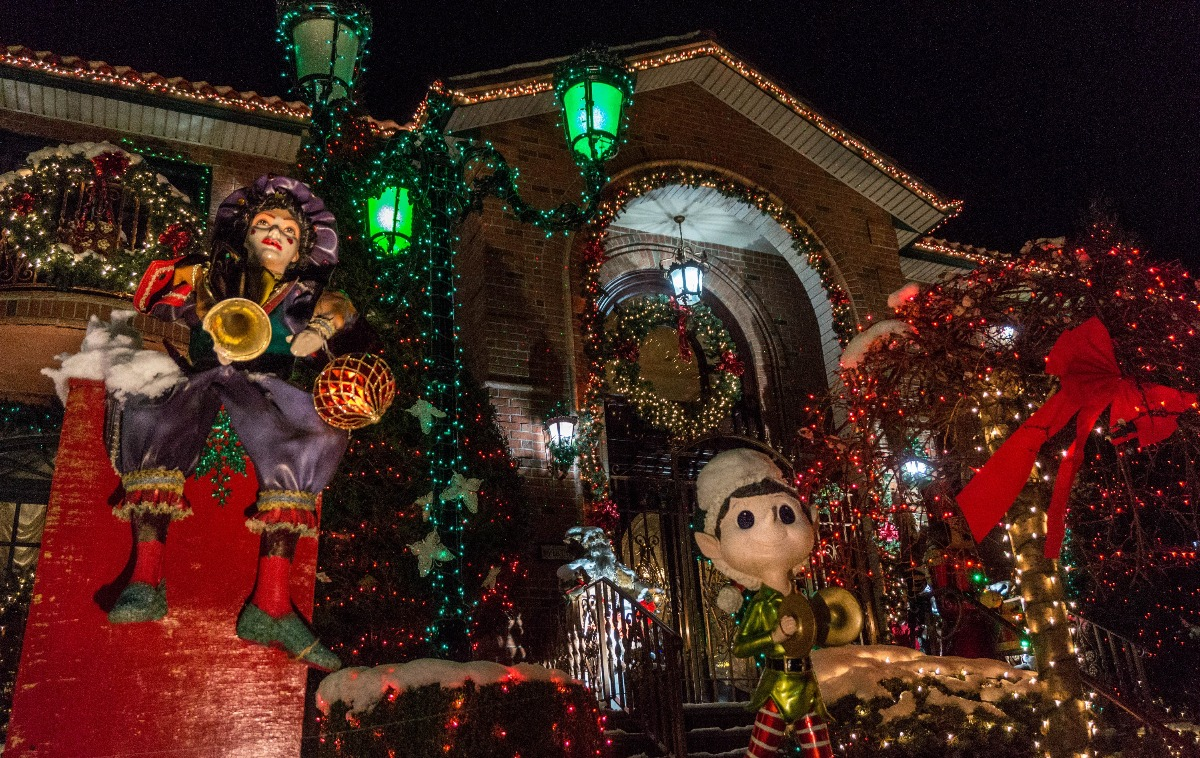 Dyker Heights Christmas Decoration
